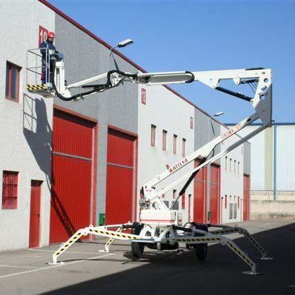 Plataforma Elevadora Remolcable 15T